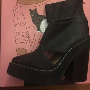 Jeffrey Campbell real leather Booties size 9.5